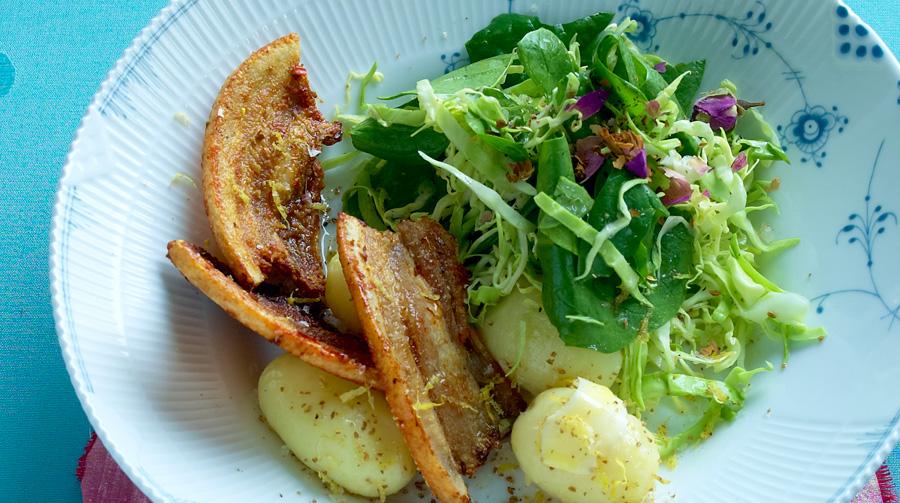 Stegt Flæsk Med Citron Anis Salt Og Sprød Salat